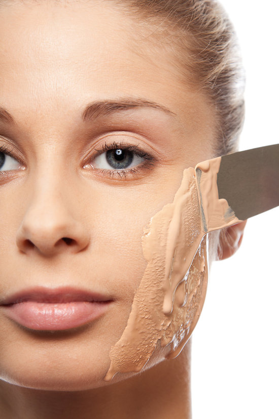 16.-Wearing-too-much-foundation-it-ages-you-20-Beauty-Mistakes-You-Didnt-Know-You-Were-Making