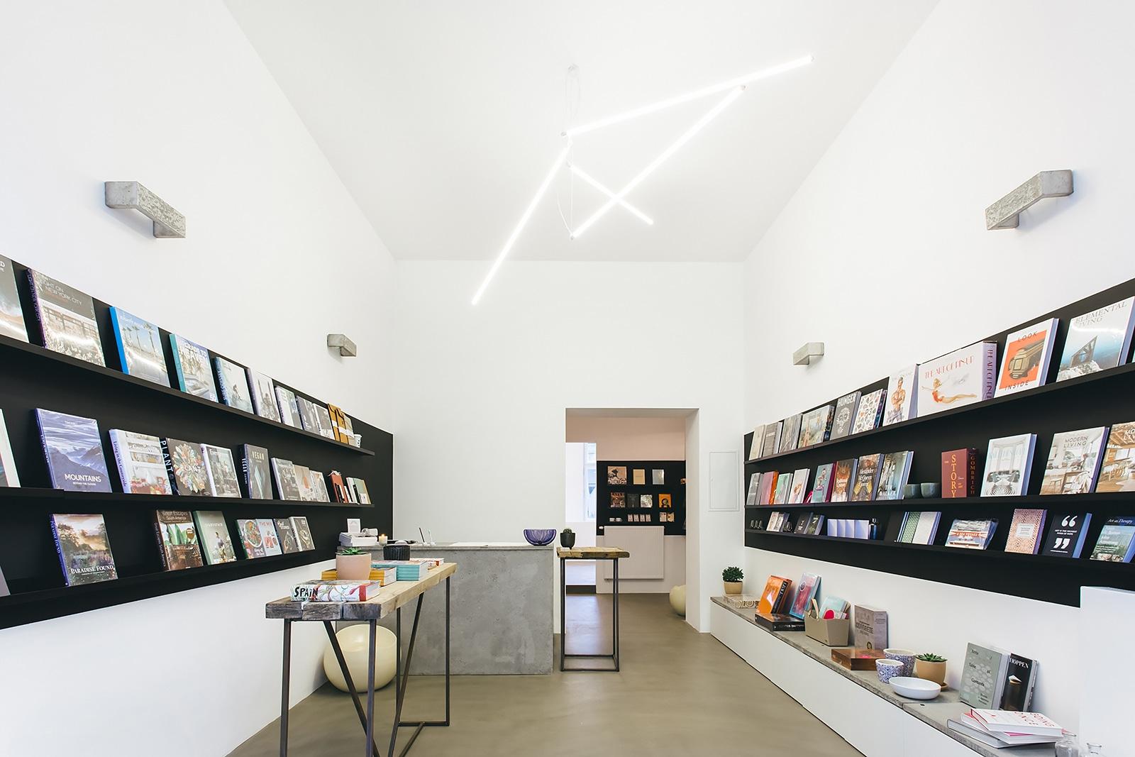 TOP pražská knihkupectví, která budete milovat stejně jako my