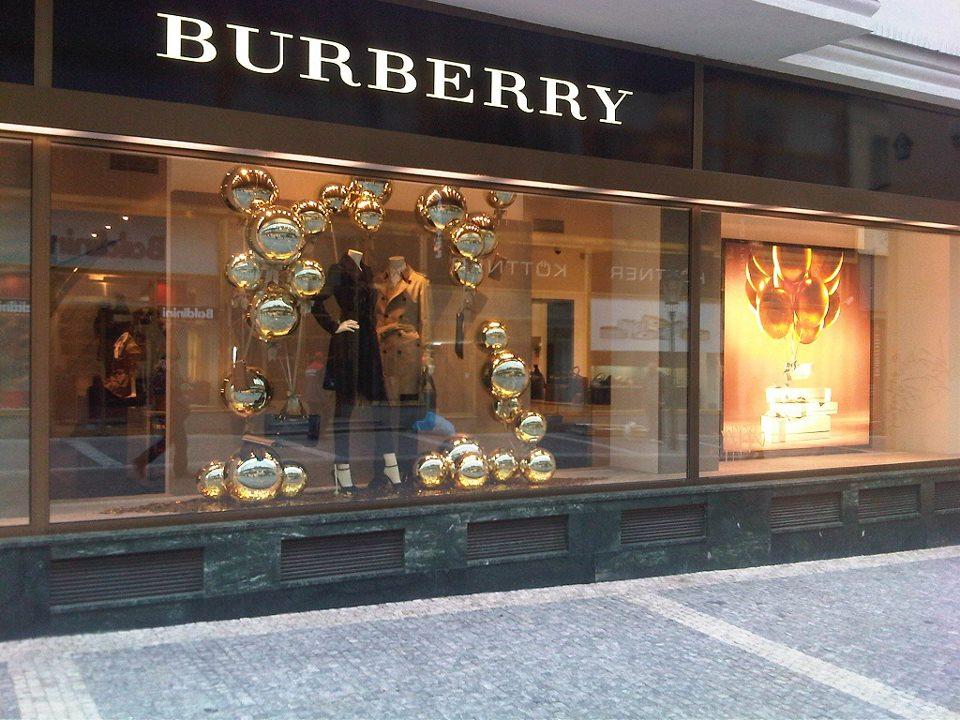 Burberry butik v Provaznické ulici