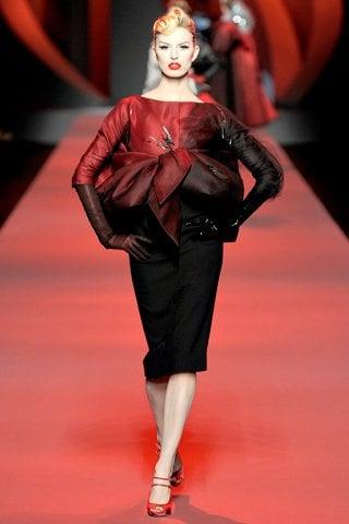 Karolina Kurkova v modelu od Diora