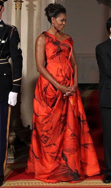 Michelle Obama v šatech Michael Kors