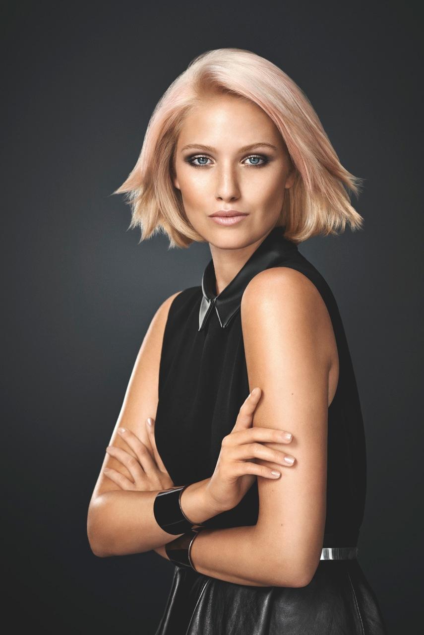 BLONDME Modelka Sophia dark1