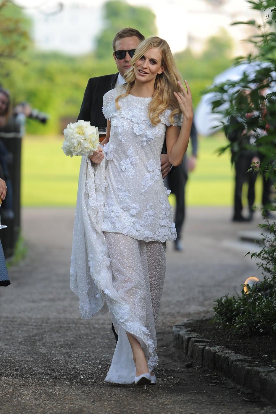 Poppy Delevigne  šatech Chanel Haute Couture