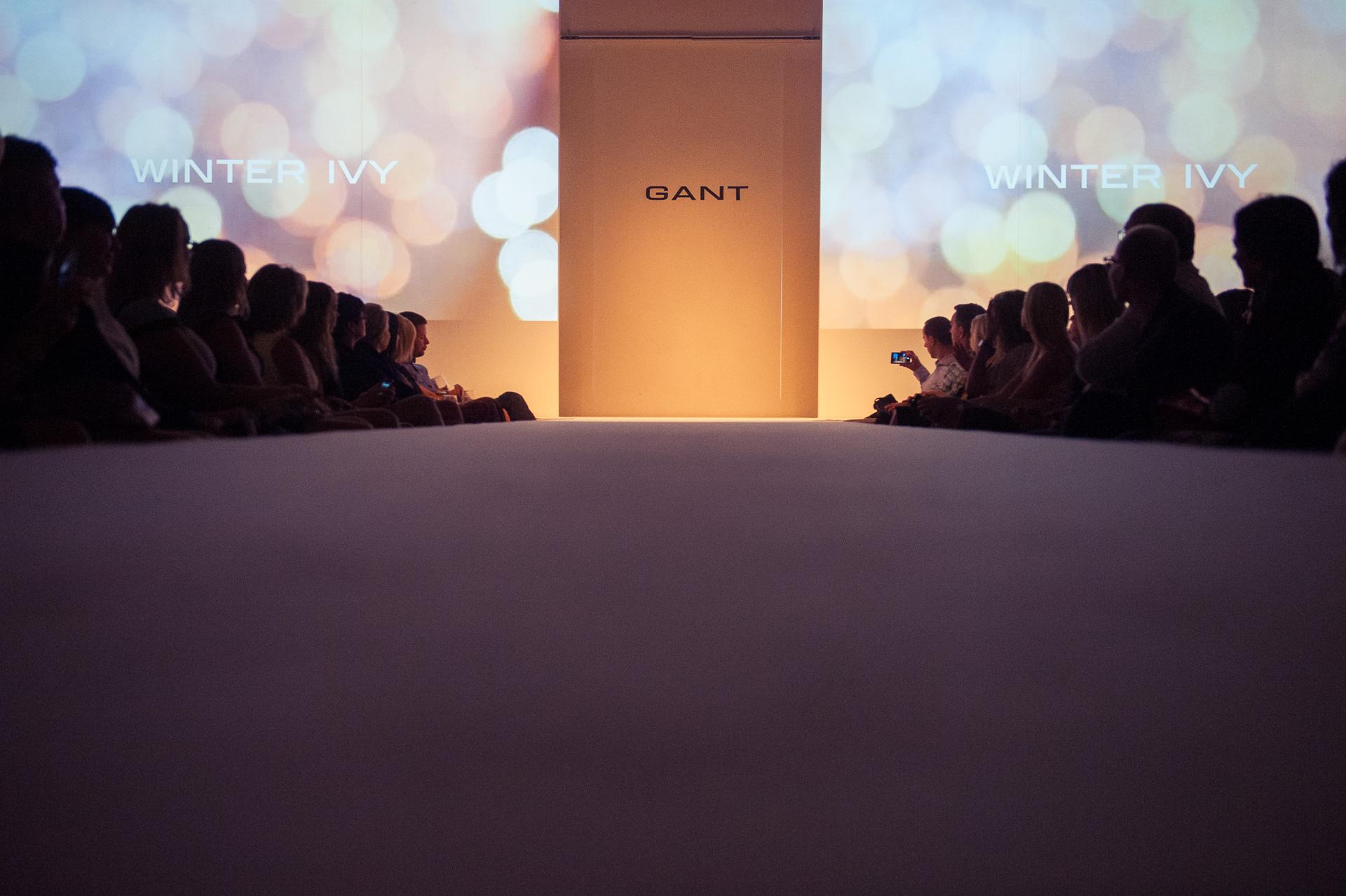 Gant vnesl do galerie Mánes pohodu