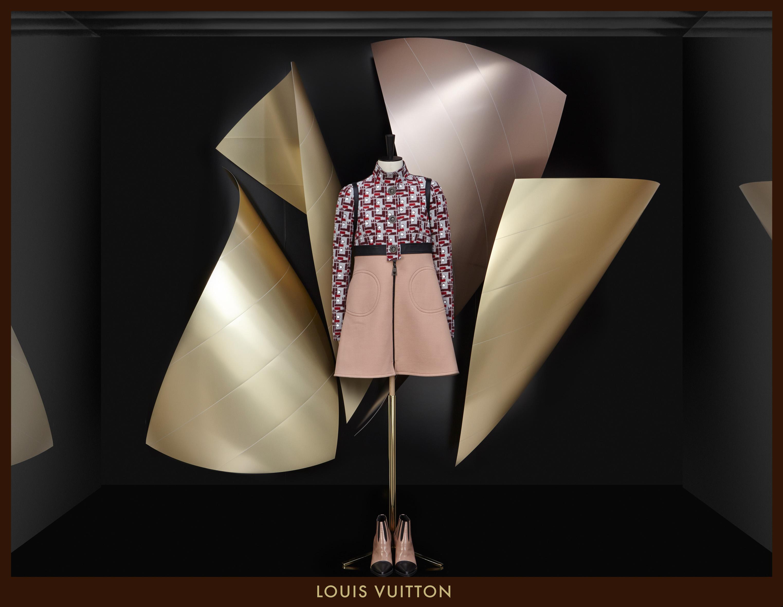 Louis Vuitton: Výlohy se roztančí na imaginárních vlnách