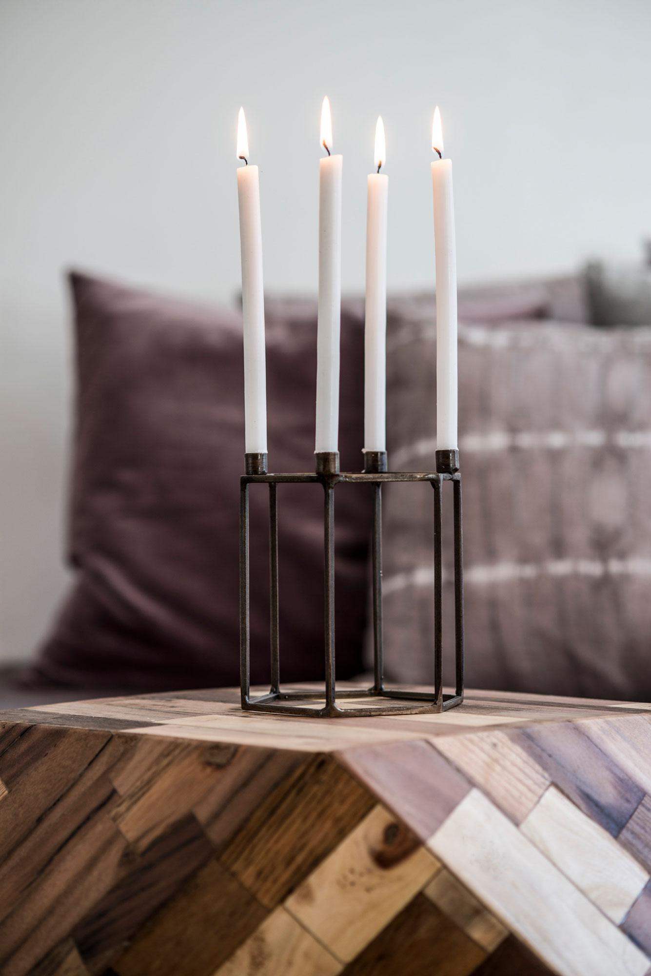 Adventní-svícen-v-měděné-barvě-s-antik-úpravou,-velikost-12x12x14-cm,-cena-275-Kč-1