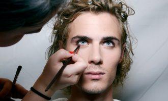 7 mužů, kteří zvládají make-up lépe než ženy