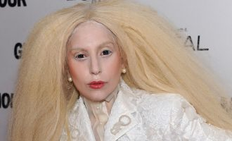 Lady Gaga jako street stylový chameleon