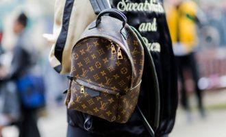 Vyměňte designérské kabelky za batohy! Máme pro vás 6 tipů