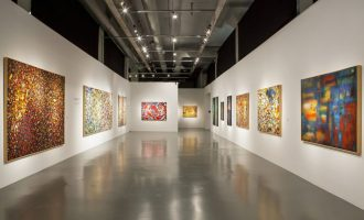 Biennale a výstavy, za kterými do zahraničí