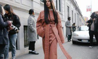 Jak nakombinovat a nosit monochromatické outfity?