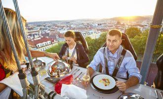 Dinner in the Sky: Neopakovatelný gurmánský zážitek