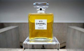Chanel N°5 – ikonická vůně a co o ní možná nevíte