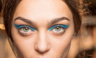 Beauty trend: Zkuste barevné oční linky