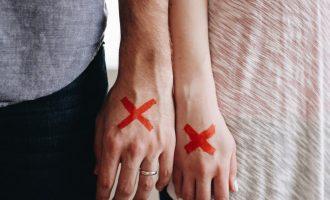 Proč si sami ničíme šanci na lásku?