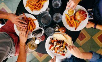 Gourmet novinky, které vám zpříjemní konec léta