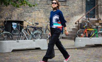"""Trend letošního podzimu: Jak nosit """"ošklivé"""" tenisky?"""