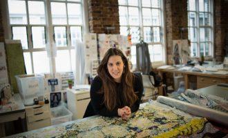 Mladí a hraví: Návrháři na londýnském fashion weeku