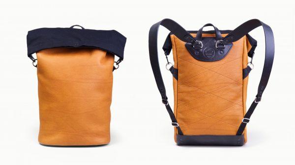 I další stylové batohy z dílny Jiřího Salače vyhovují současným unisexovým  trendům. Také pro Thelmu zvolili v CLASP PIN zapínání typu roll-top. 056a4e4ded