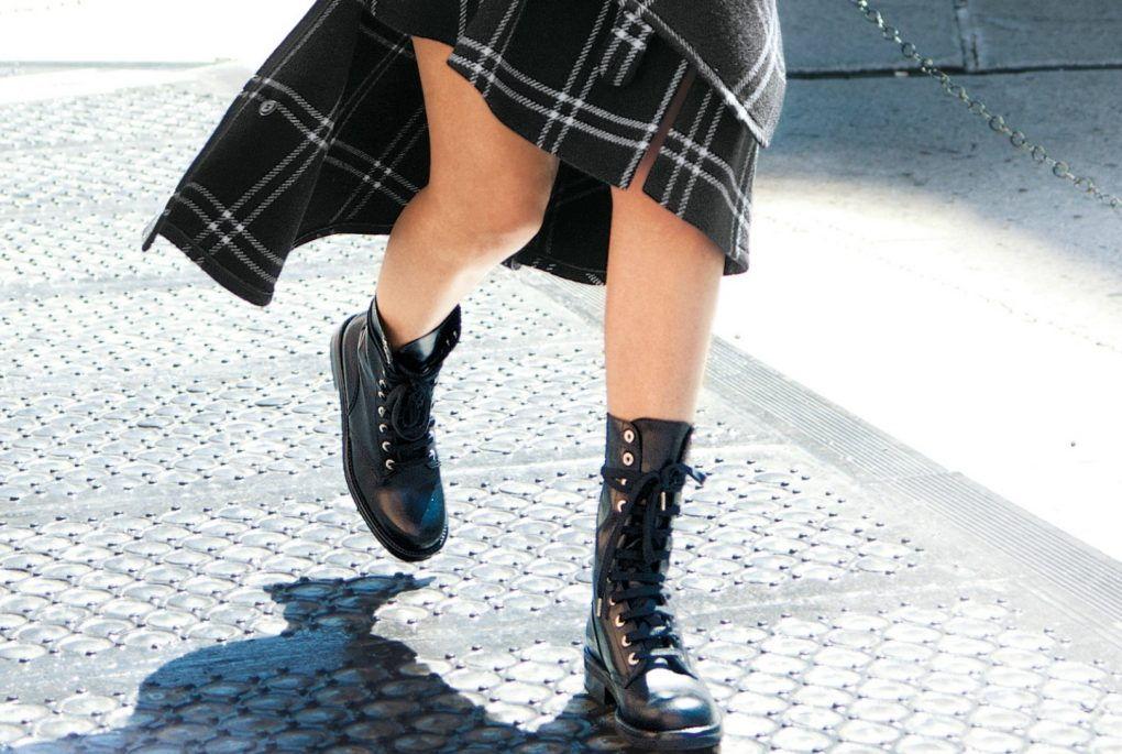 Kotníčkové boty podle modelek  Takhle je nosí za každého počasí ... b7b70fc906