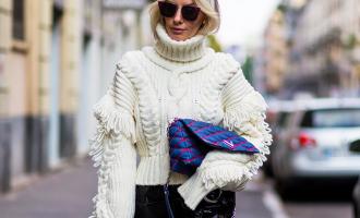 Svetry v hlavní roli: Jak je nosit stylově a neokoukaně?