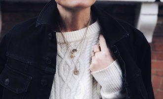Šperky v hlavní roli: Jak je originálně a osobitě nosit?