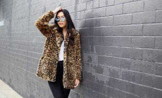 Jak nosit kabát s leopardím vzorem stylově jako módní influencerky