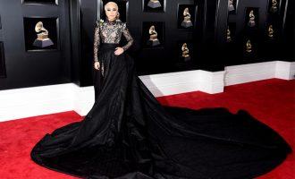Nejstylovější outfity z 60. hudebních cen Grammy