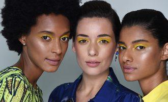 Zamilujte si jarní beauty trendy z přehlídek