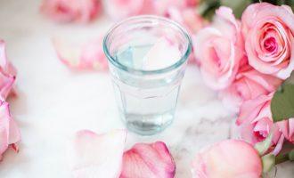 Tajemství růžové vody