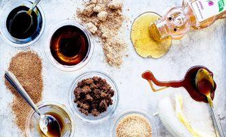 Jak si osladit život bez cukru? Poznejte zdravější přírodní sladidla!