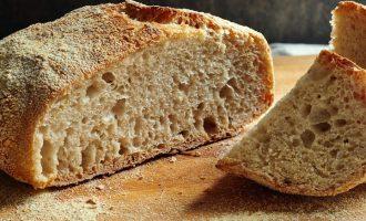 Upéct chleba je hračka: Oslňte domácím pečivem