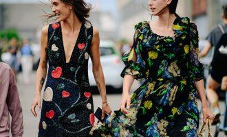 Jak nosit květinové vzory, aby to nebyla nuda?