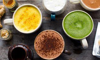 Čím po ránu nahradit nahradit kávu? Vyzkoušejte zdravé alternativy