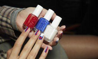 Nejlepší laky na nehty léta: Jaké barvy zvolit?