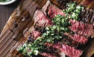 Delikátní omáčky ke steakům? Stačí vám 20 minut