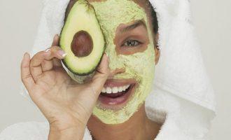 Organické a bio pleťové masky z vaší kuchyně