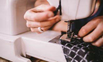 Co je vlastně fast fashion? Módní dokumenty, které musíte vidět