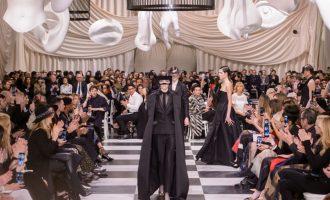 Sledujte módní přehlídku Dior Haute Couture FW 18/19 live!