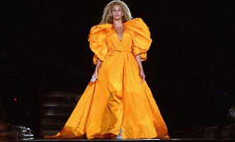 Red carpet trend: Jaké barvy oblékají herecké osobnosti?