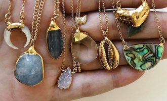 Šperky ve znamení zlata: Vybavte se nadčasovým trendem