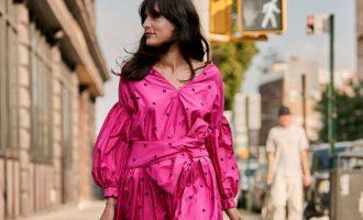 NYFW: Trendy barvy, jež přinesly street style outfity